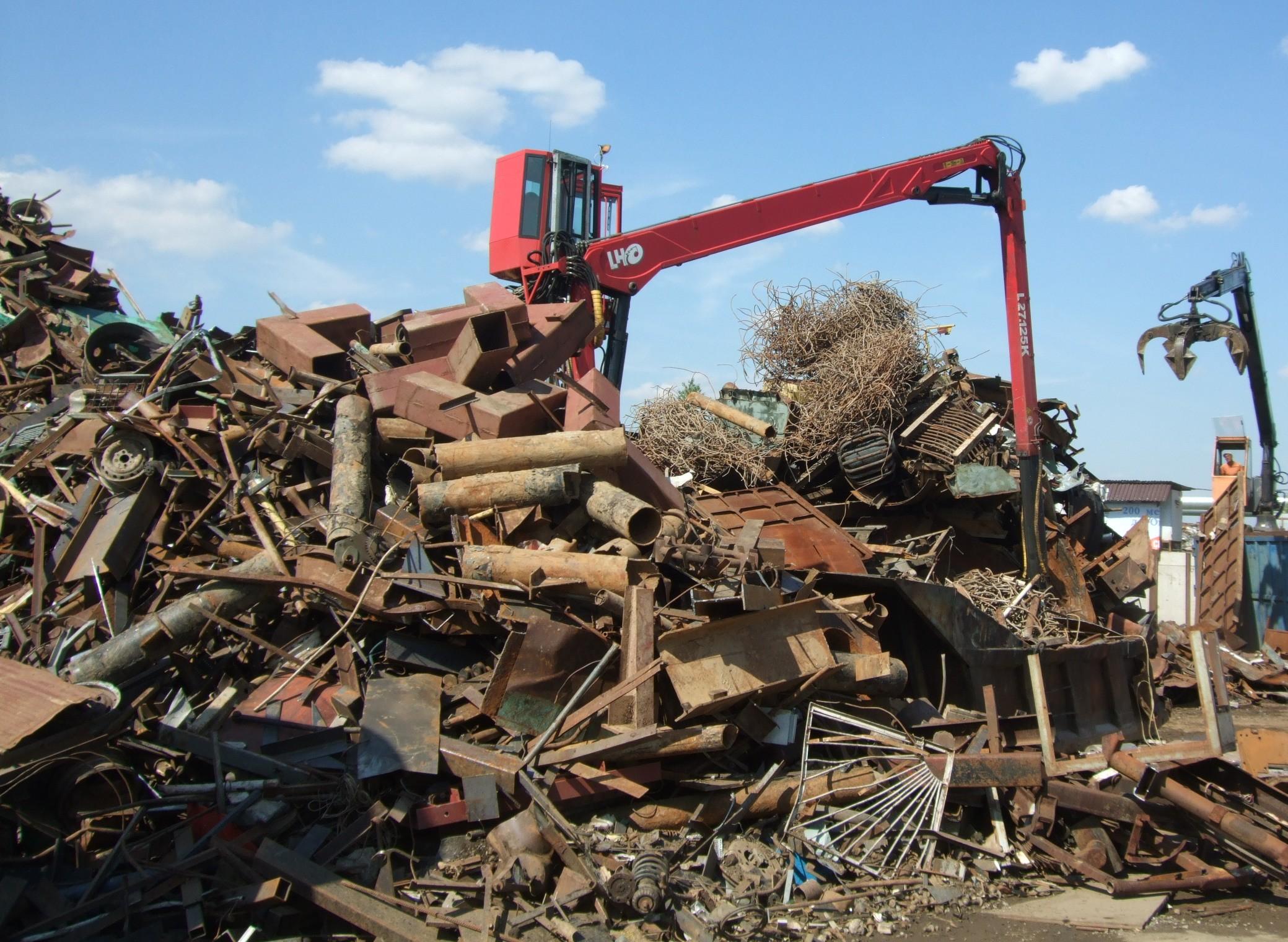 Сдать металлолом Киев Троещина