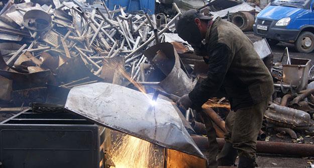 Требуется демонтаж металлоконструкций